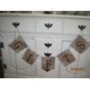 GIFTS BURLAP BANNER - W/PAINTED LACE
