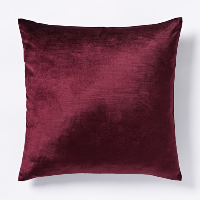 berry velvet pillow (a)