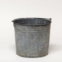 Wilton galvanized bucket