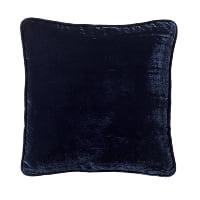 navy velvet pillow (c)