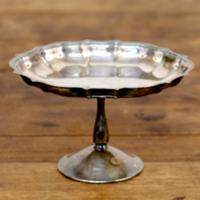 Manning silver pedestal