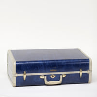 Betsy blue suitcase