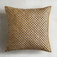 gold pillow (d)