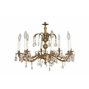 The Montrose : Chandelier