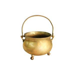 The Naveen: Small Claw-Foot Brass Pot