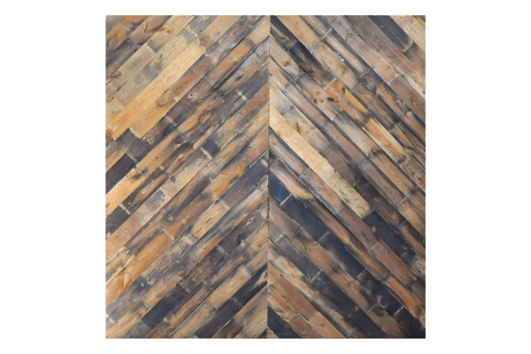 The Melrose: Reclaimed Wood Backdrop