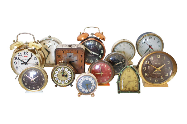 The Clyde: Set of 5 Antique Clocks