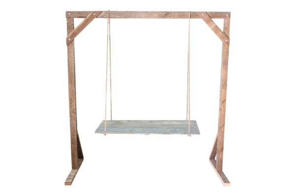 The Cleveland Park: Hanging Table + Truss