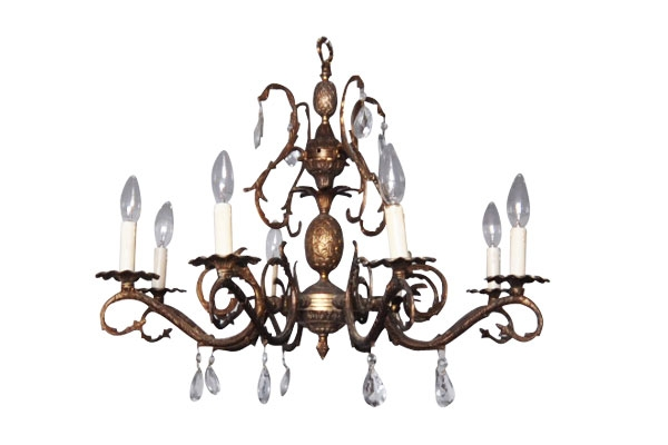 The Kona: Chandelier