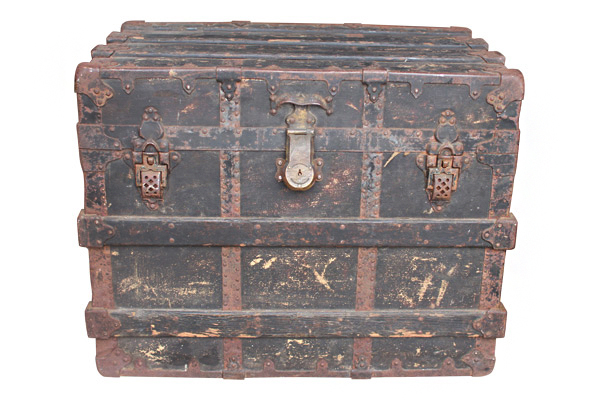 The Rowe Steamer Trunk