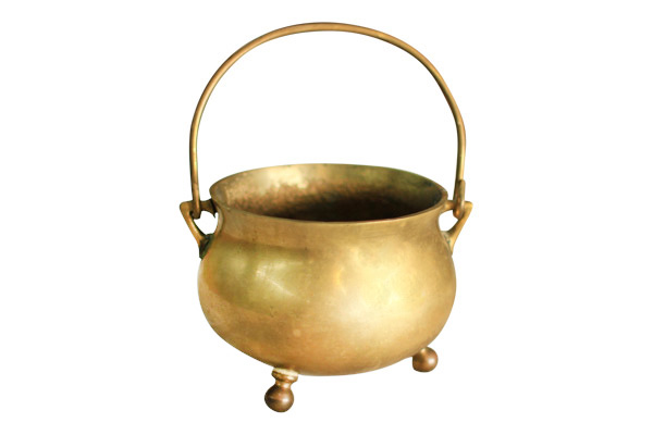 The Naveen: Brass Pot