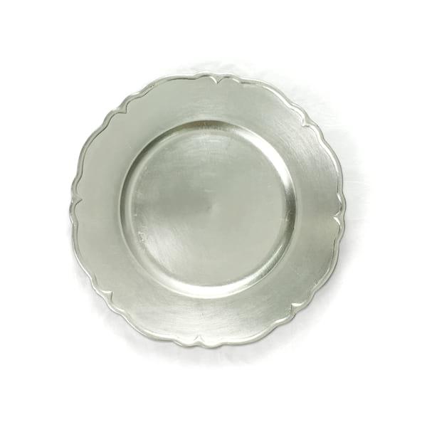 Silver Scalloped Edge