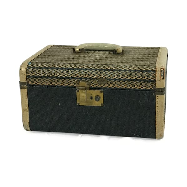Black Raffia Travel Case