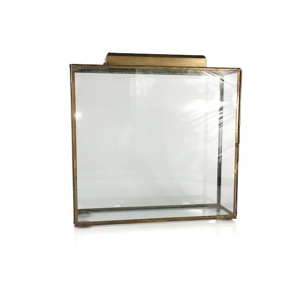 Glass/Gold Box Medium