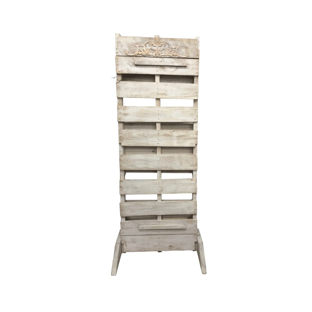 White Wash Pallet Wall