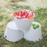white metal drink tub