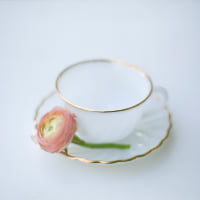 milk glass tea cups and saucer