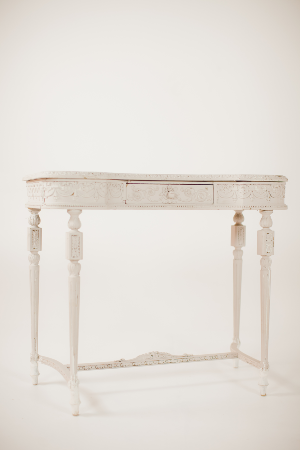 elizabeth table
