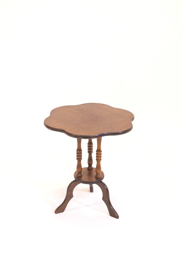 cassidy table