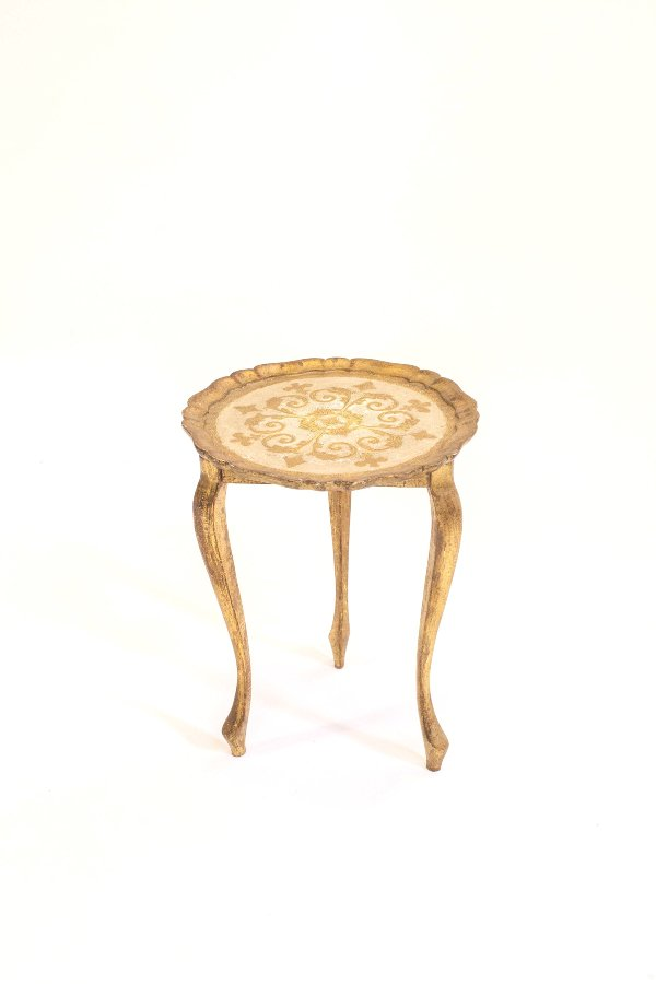 carmine florentine table