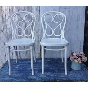 WHITE SAVOY CHAIRS