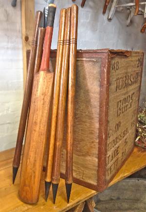 Vintage Cricket Set
