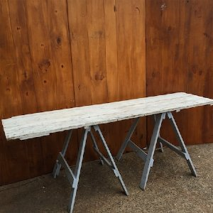Leila Trestle Table