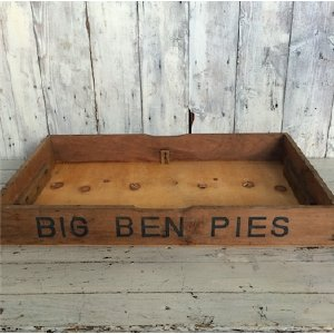 Big Ben Pie Box Tray