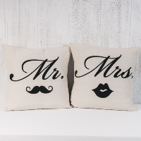 Mr & Mrs Pillow Set