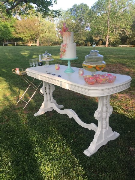 Beautiful Vintage White Table With Gorgeous Ornate Legs Perfect For Sweetheart Cake Gift Memory Or Unity Candle At The