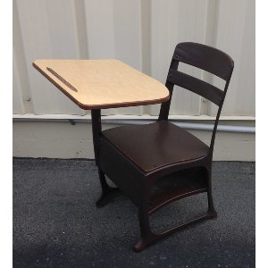 Classic School Desk (Small)