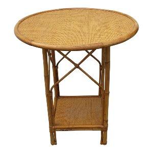 Mia Table
